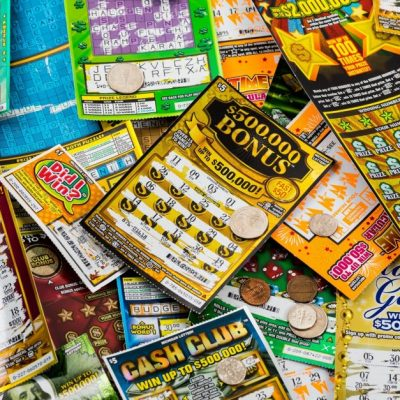 Pros and Cons of Playing Lottery