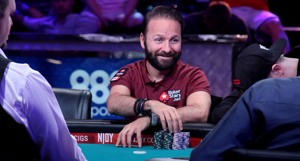 Daniel Negreanu pro players of the poker game